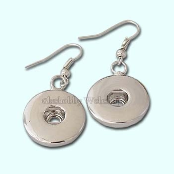 Earrings suitable for 18 mm Chunk buttons