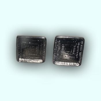 Metal Square earing 20X20