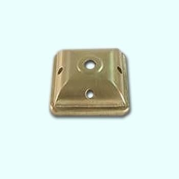 Coiffe carrée - 72 mm - laiton avec perforations