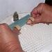 Daumenschutz beim Glasschleifen